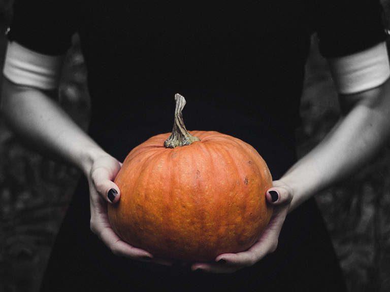 how salem became halloween central