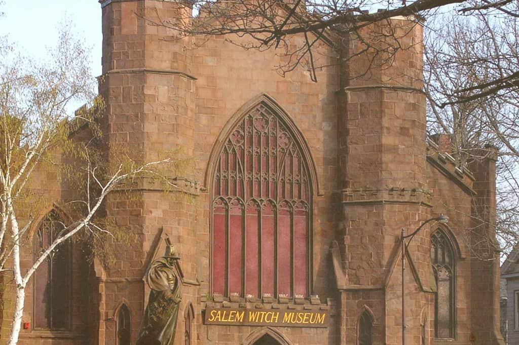salem witch museum exterior