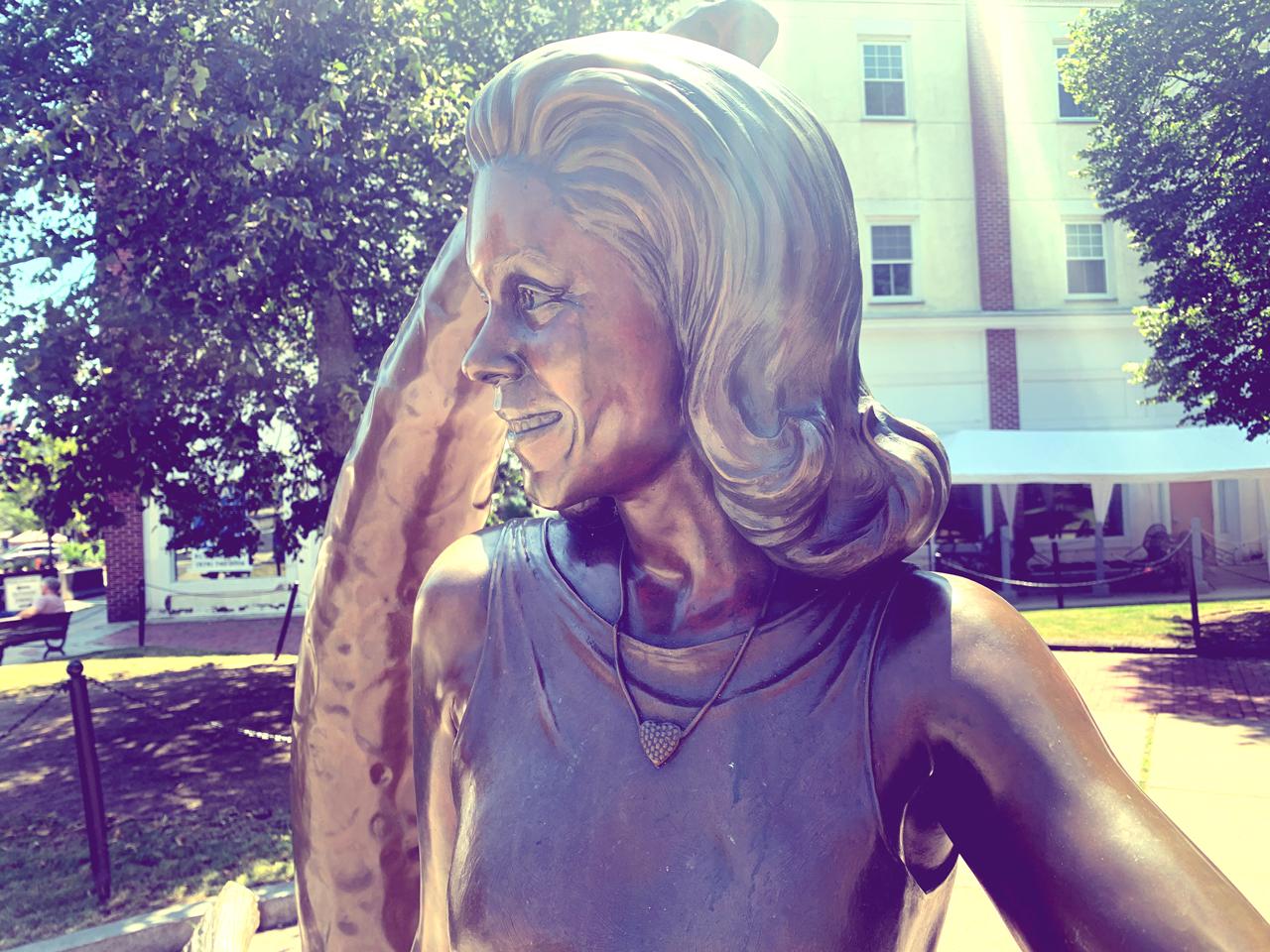 bewitched-statue-salem-massachusetts-1280x960-02