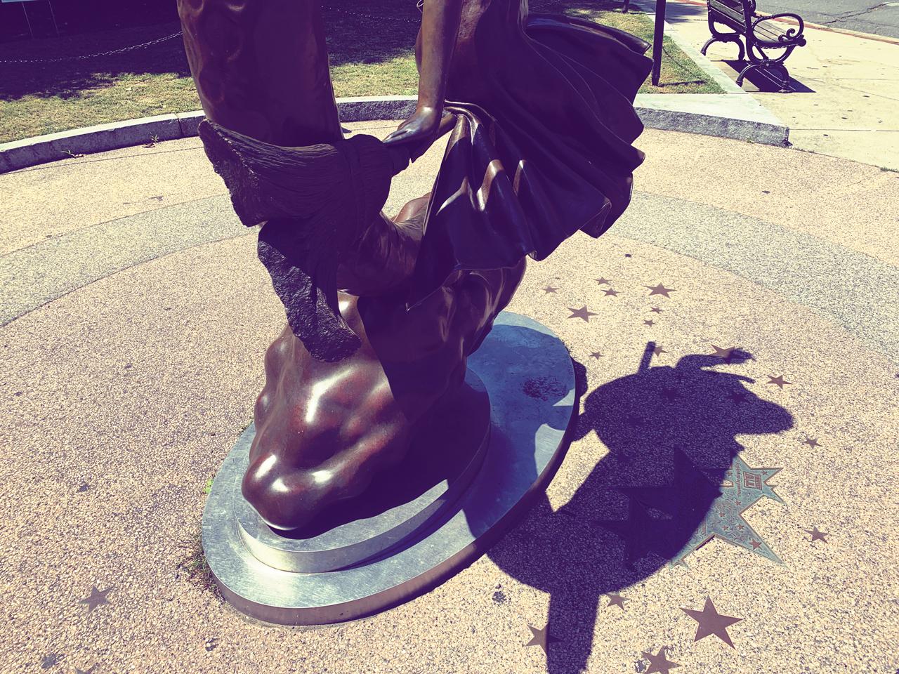 bewitched-statue-salem-massachusetts-1280x960-05