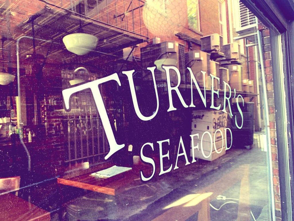 turners-seafood-lyceum-hall-salem-massachusetts-1280x960-03
